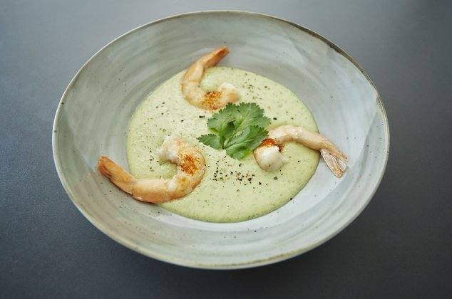 Kalte Avocado-Gurken-Suppe mit SwissShrimps